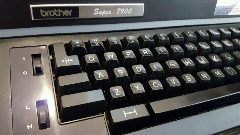 brother-super-7900-keys2