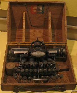 Blickensderfer_typewriter