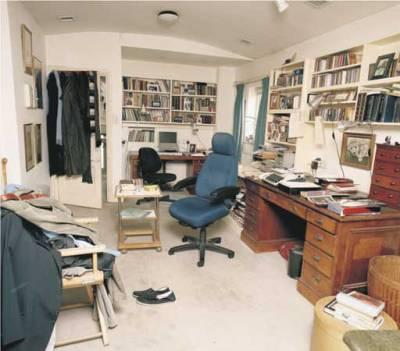 simon_grays_writing_room